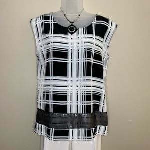 NY&Co Black and White Plaid top